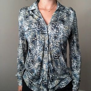 Etcetera Snake Print Blue Top Long Sleeves Size 6